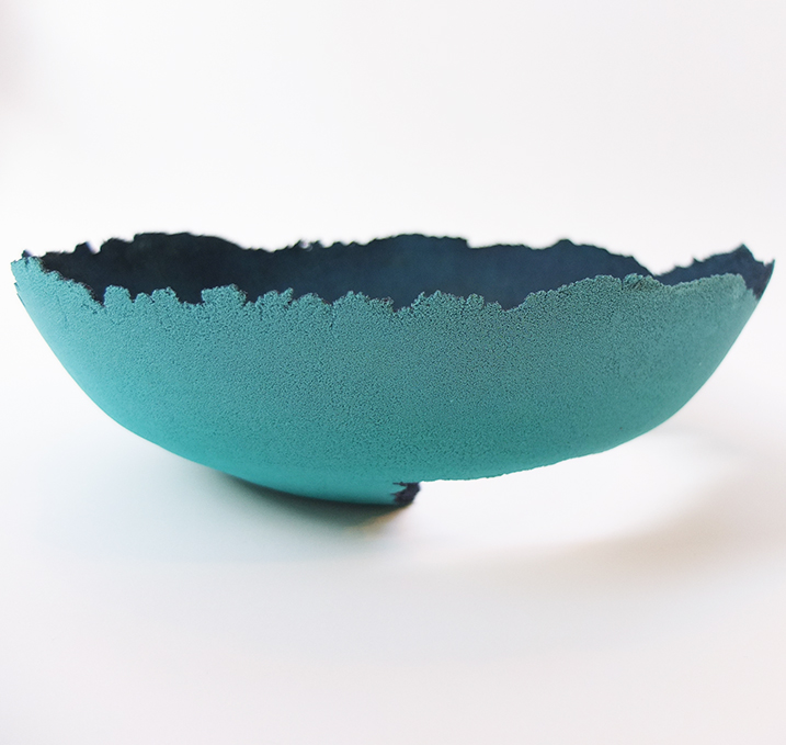 low glass bowl pate de verre technique